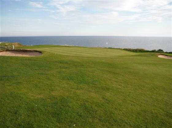 A view of the 1st green at Stonehaven Golf Club