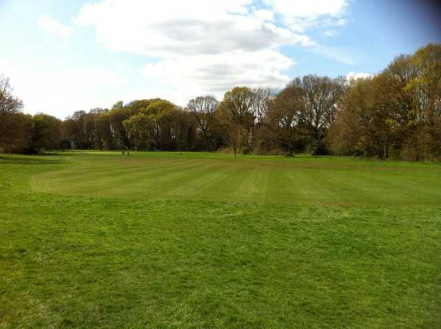 View of the 6th fairway at Thames Ditton & Esher Golf Club