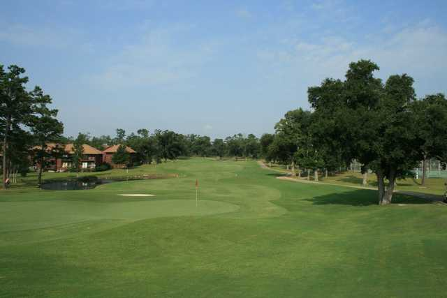 A view of green #18 at Diamondhead Country Club - Pines Course