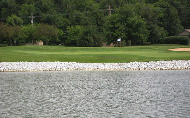 A view of green #17 at Honeywell Golf Course