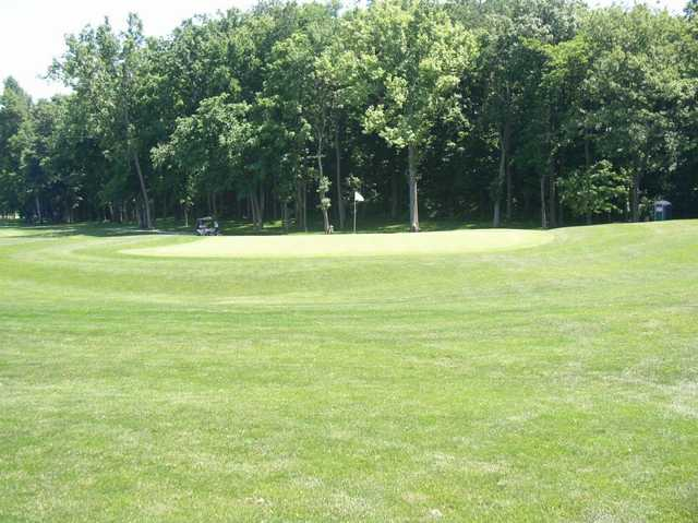 A view of green #11 at Legacy Golf Club