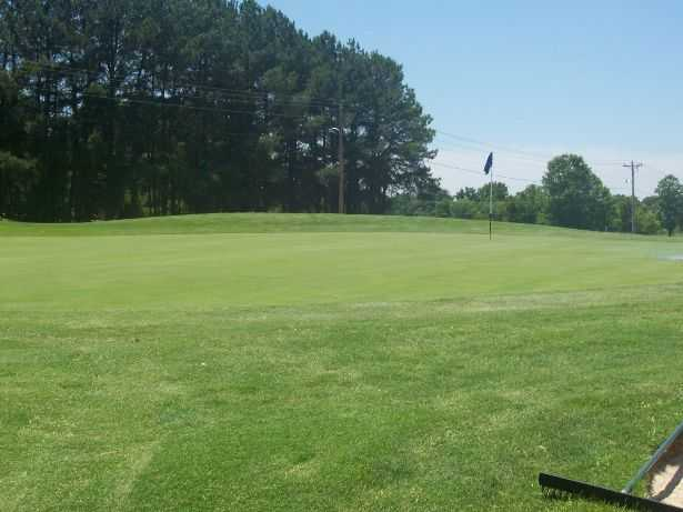 A view of green #6 at Wedgewood Golf Course