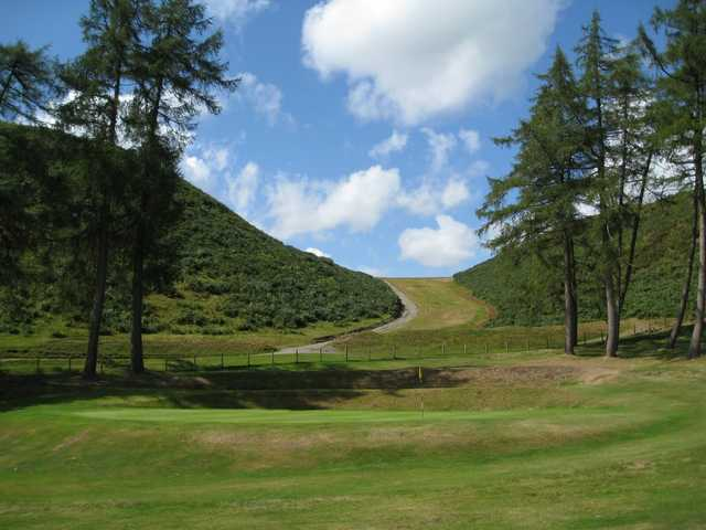 A view of the stunning 18th green at Church Stretton Golf Club