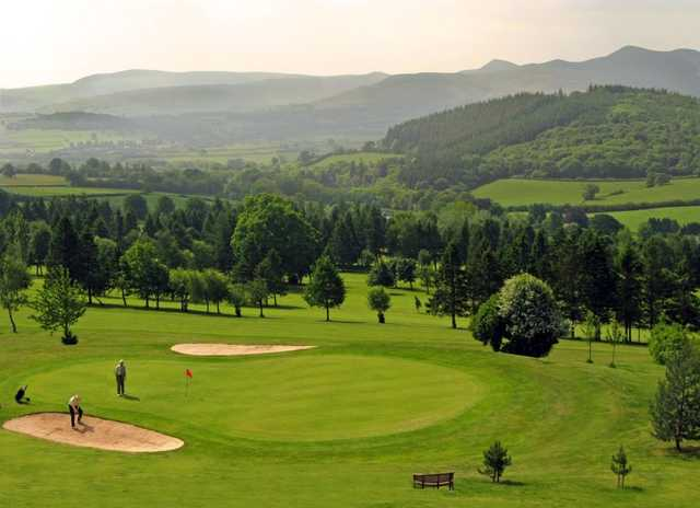 Cradoc Golf Club with the superb mountain views