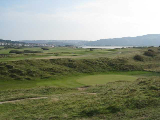 Picturesque view of the 1st green at North Wales Golf Club