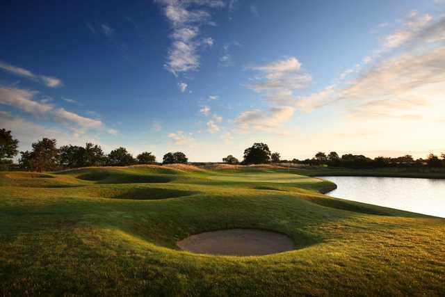 5th at The Oxfordshire Golf Club