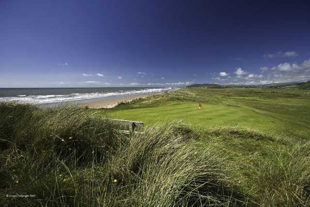 Picturesque links golf in Wales