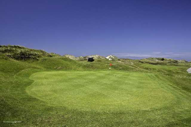 Magnificent views of the dunes from the green