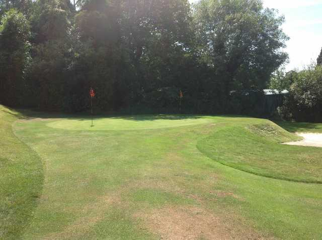 The chipping green at Chipstead Golf Club