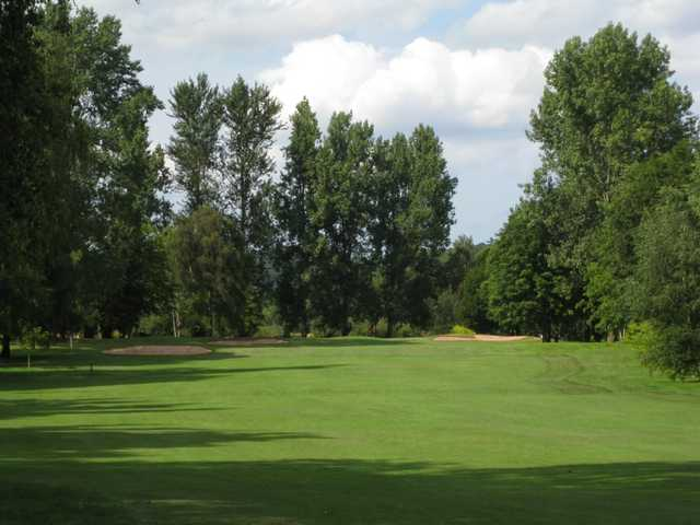 The approach to the 4th at Bridgnorth Golf Club