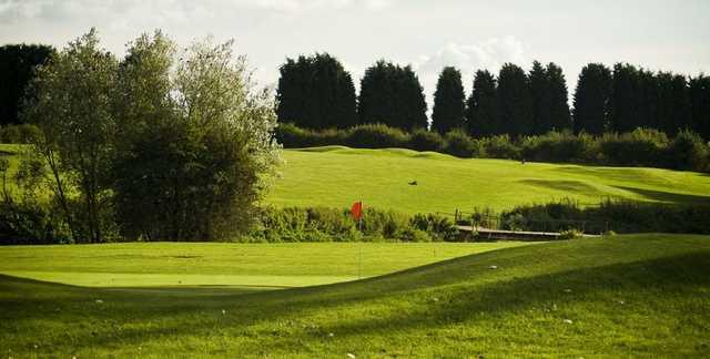 Ravenmeadow Golf Centre - 9th Hole