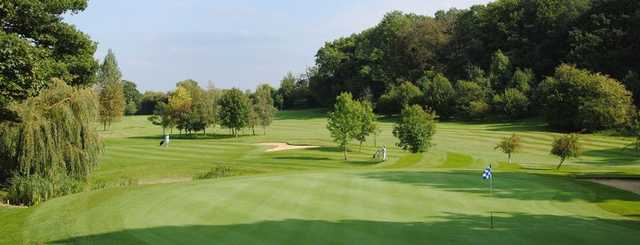 Deanwood Park Golf Club - Green