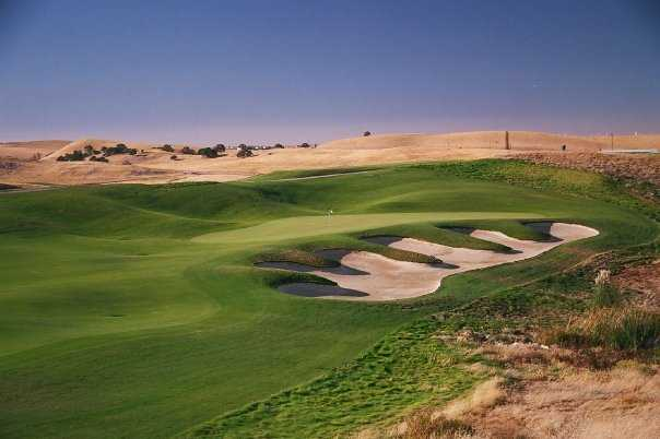 A view of green #3 at Roddy Ranch Golf Club