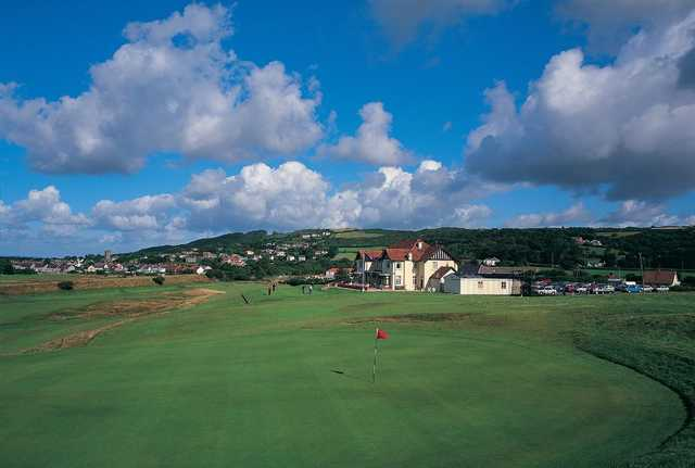 18th green and clubhouse at Ashburnham Golf Club
