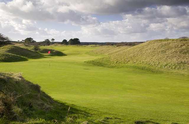 14th green at Ashburnham Golf Club