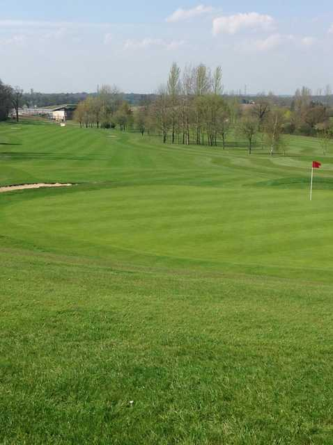 The 1st green at Radlett Park Golf Club