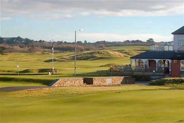 The first tee outside the clubhouse at Bude Golf Club