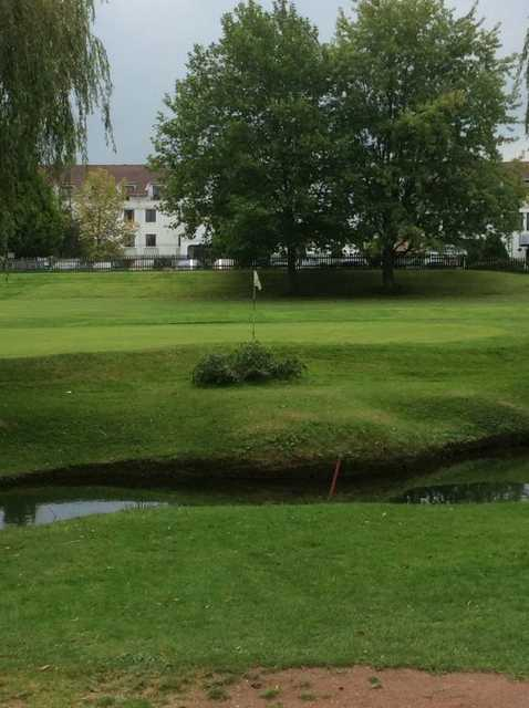 One of the many well guarded greens from Effingham Park