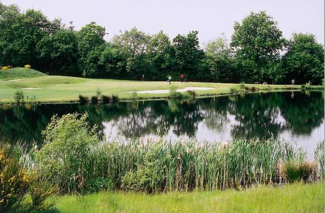Surrey National Golf Club, green over water