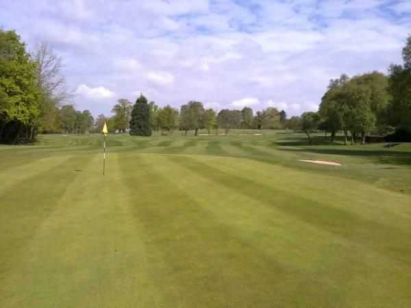 Well-kept greens on the 2nd hole at Edgbaston
