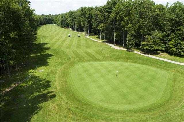 View of the 5th green and fairway at Hickory Ridge Golf Club