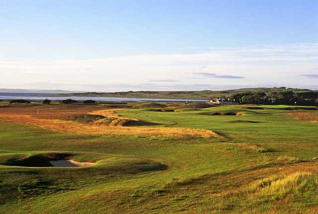 A view of the 1st hole at Craigielaw Golf Club.