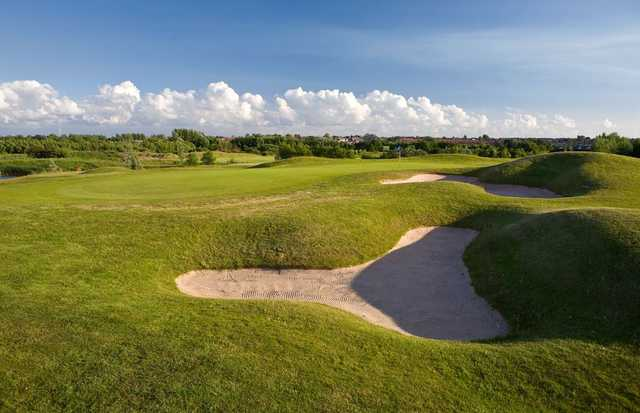 Deep bunker at Herons' Reach Golf Resort