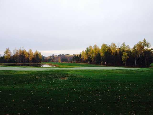 A fall view of a green at Gordon Pines Golf Club