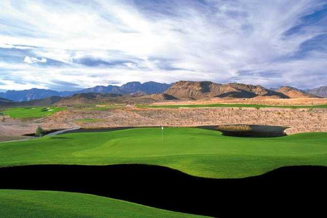A view of a green at Bear's Best Golf Course