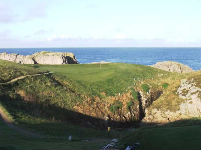 View of a green at Cruit Island Golf Club