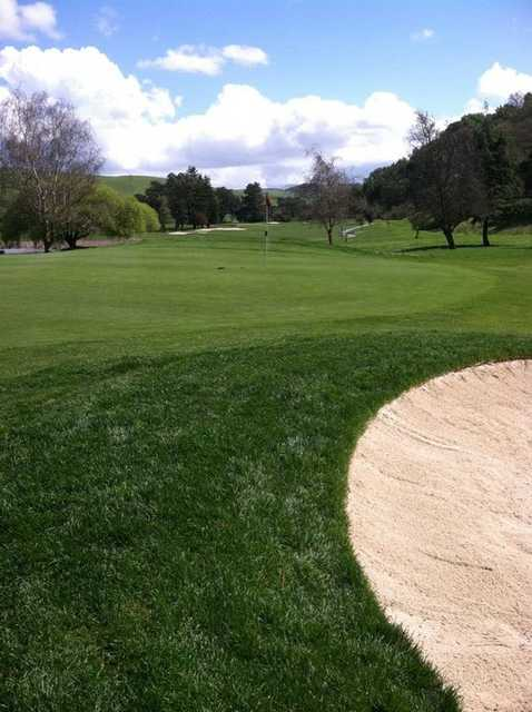 A view of the 4th green at Franklin Canyon Golf Course