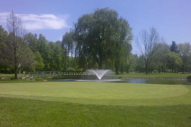 A view of a green at Valparaiso Country Club