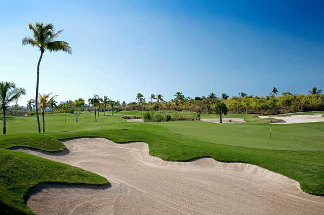 A view of a bunkered green from The Nicklaus Design Course at Vidanta Nuevo Vallarta