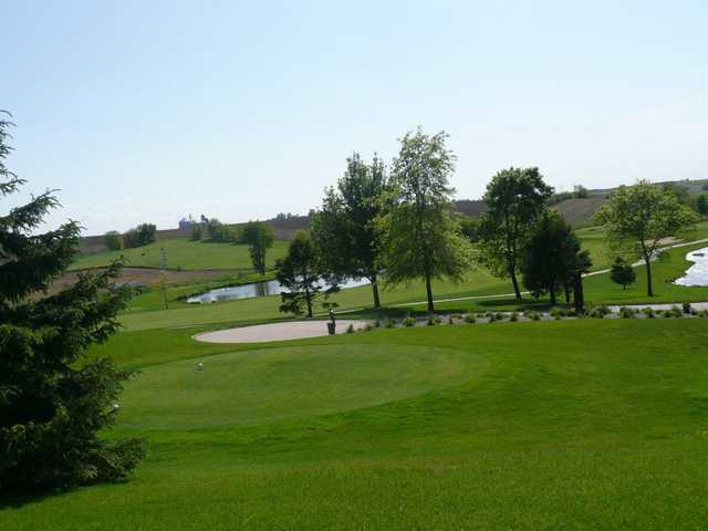 A view of a tee at Stone Creek Golf Club