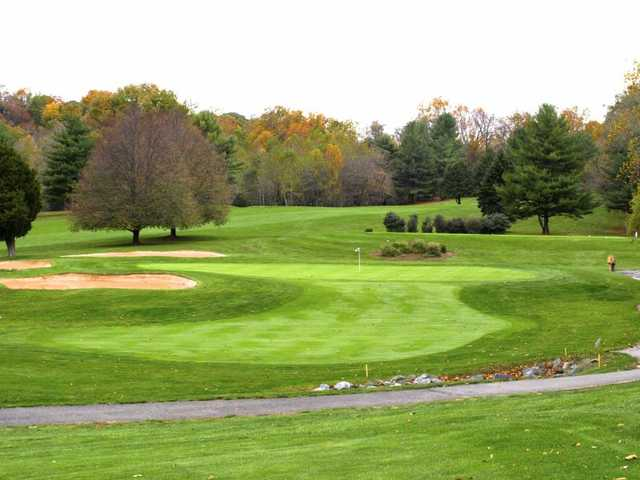 A view of hole #16 protected by bunkers at Winters Run Golf Club