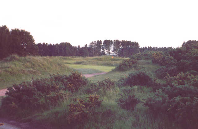 Monifieth Golf Links - Medal course's 14th green ( Photo by Kiel Christianson )