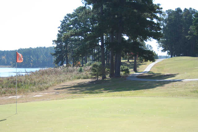 A view of hole #7 at Lakeview Golf Course (Visitmeridian)
