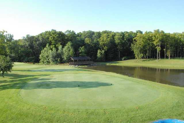 A view of a tee at Sawmill Golf Club