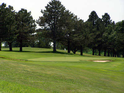 A view of the 18th hole at Lakeside Country Club