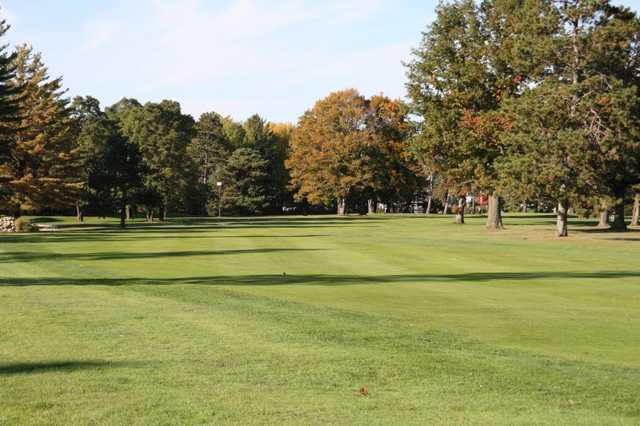 A view of fairway #18 at Cadillac Country Club