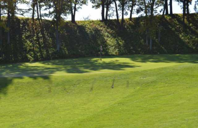 A view of a green at Sandhill River Golf Club