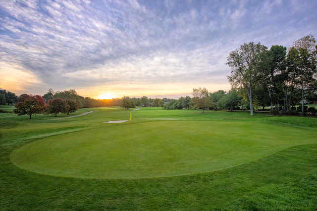 View of the 17th green at Griffin Gate Golf Club (Photo © 2015, Dave Sansom)