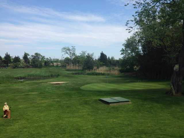 A view of the 9th hole at Cedars Golf Club