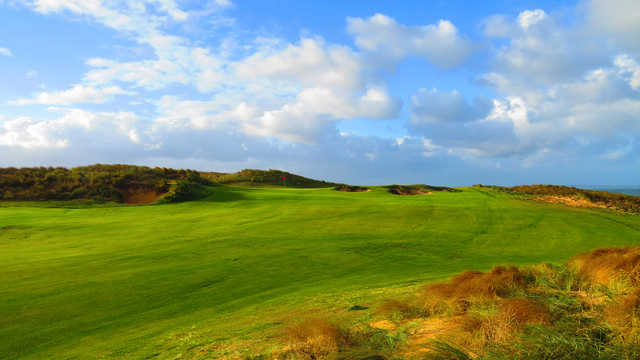 A view of the 6th green at Cape Wickham Links