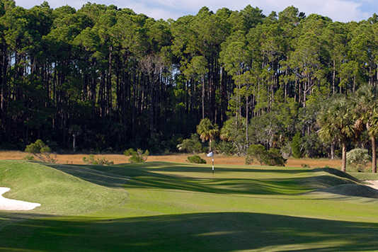 A view of a green protected by bunkers from Heron Point at Sea Pines Resort