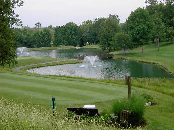 A view of a tee at Lake Forest Country Club