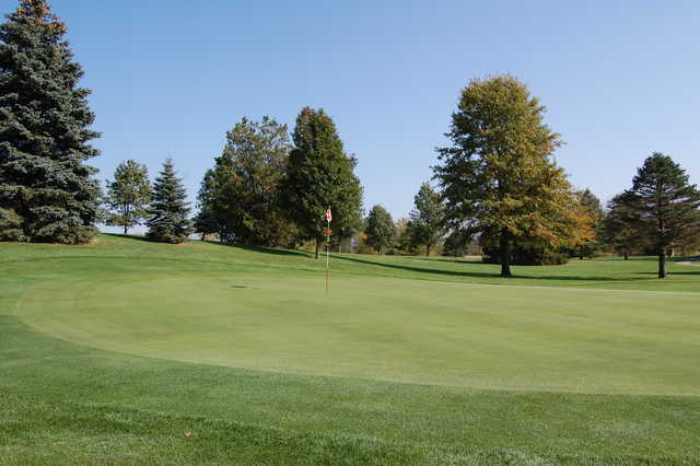 A view of a green at Bluffton Golf Club