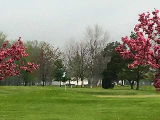 A spring day view of a hole at Findlay Hillcrest Golf Club