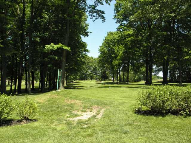 A view of a tee at Lake View Golf Course