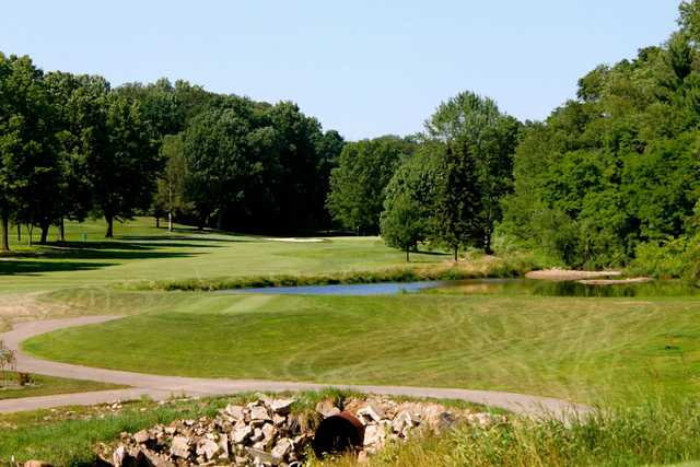 A view of a tee at Rawiga Golf & Swim Club